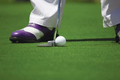 Un duo de conseils pour aider un golfeur à exceller